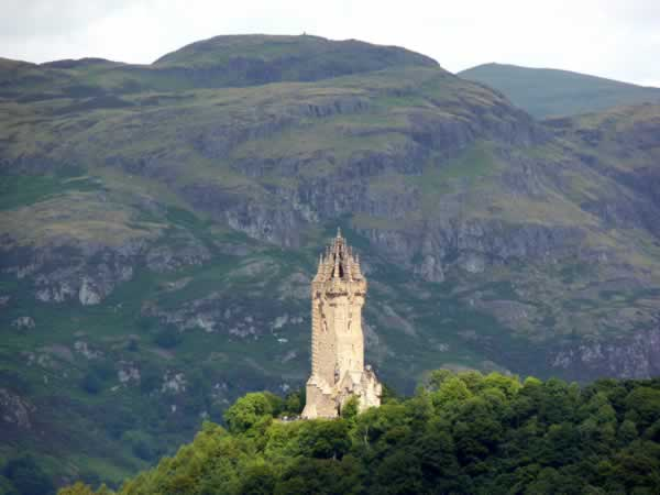 flick wallace monument1